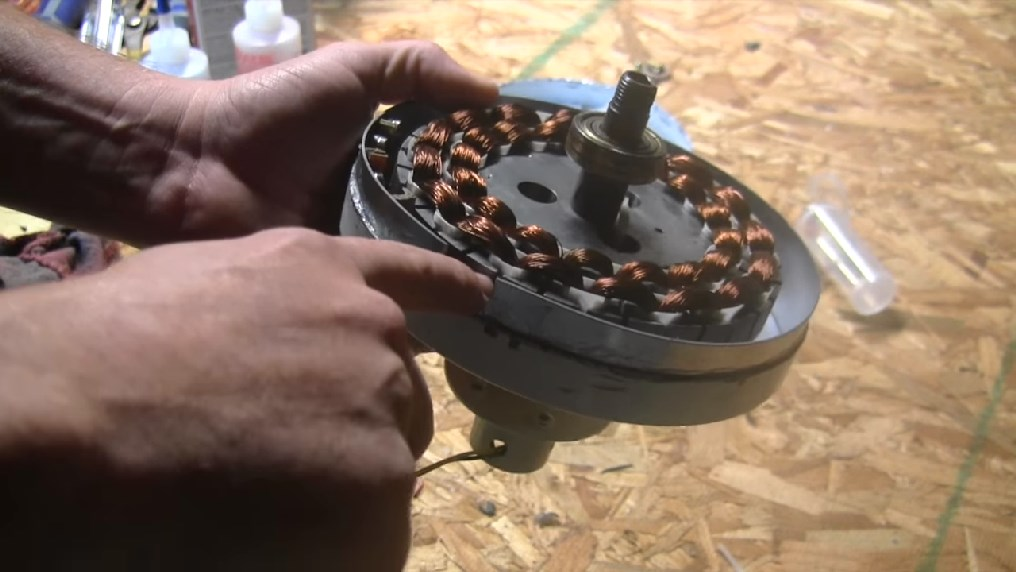 Awesome Diy Series How To Turn Old Unused Ceiling Fans