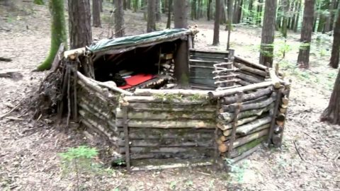 How To Build A Survival Super Shelter From Scratch